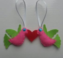 Liefdesduifjes rose/rood/limegroen