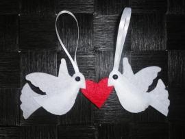 Liefdesduifjes rood/wit