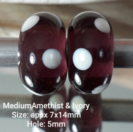 IKPR0034: Pair Purple Dots, appx 7x14mm (5mm hole)