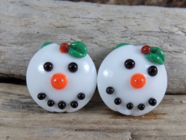 IKZW0025: Set of 2 SnowWomen DoubleSided, appx 20mm