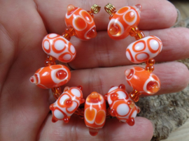 IKOR017: Kralenset Oranje & Wit