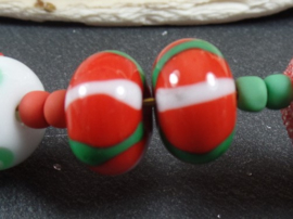 IKRD0708: Pair Striped Beads, appx 9x14mm