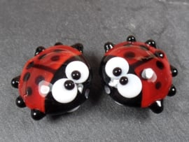 IKRD0041: Pair LadyBugs DoubleSided, appx 19mm