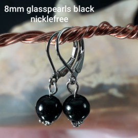 ZW0005: Earrings with 8mm GlasPearls Black