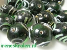 GG 186  Rondell met  Krullen 10x17mm lampwork