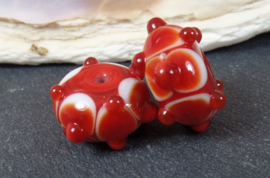 IKRD0065: Set Cardinals Red, appx 9x16mm and 9x17mm