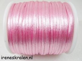 Satijnkoord 2mm roze per meter (wordt zoveel mogelijk aaneen geleverd)