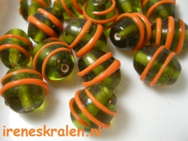 GO 48 Oval Green & Orange swirl, 14mm