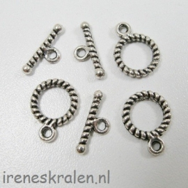 Slot 014: Kapittelsluiting met ribbel, 10mm, oudzilver