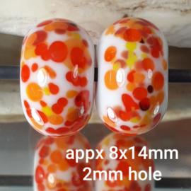 IKOR021: DuoSet FritKralen Oranje, ca 8x14mm