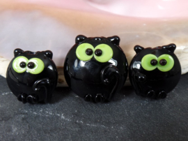 IKZW0047: Set of 3 Cats DoubleSided, Green Eyes 25mm en 19mm