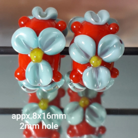 IKOR016: Pair Flowers Orange & Turquoise, appx 8x16mm