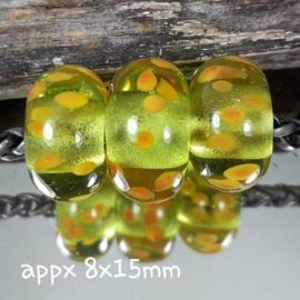 IKGR0170: Set of 3 Big Hole beads LimeGreen