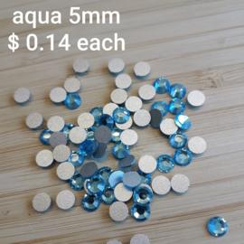 Plaksteen 5mm Aqua Swarovski