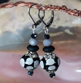 PRS 0007: Lampwork Earrings Black & Purple
