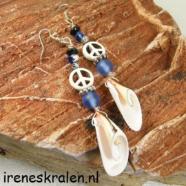 BL0006: Earrings with Shells