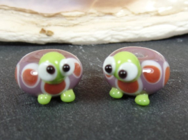 IKPR0015: Pair Turtles, basebead appx 8x14mm