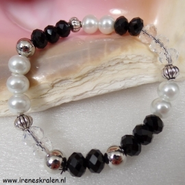 ZW0103: Bracelet Black-White-Crystal