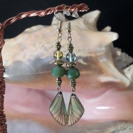 GR023: Earrings with Wings Green