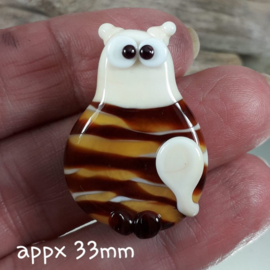 IKBR0017: Focal Bead, Cat DoubleSided, appx 33mm