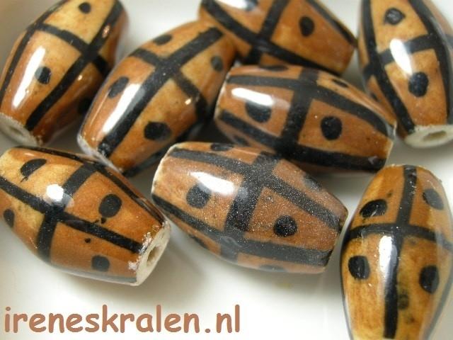 GB135:  Ceramic Brown/Black, big hole, 25mm