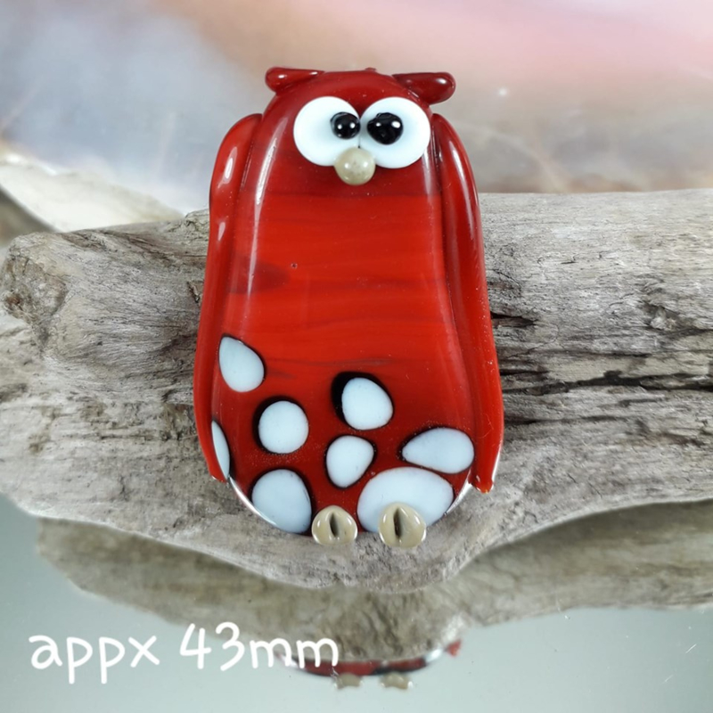 IKRD0831: Big Focal Bead, Owl Red DoubleSided, appx 43mm