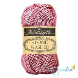 Scheepjes - Stone washed - garen - Corundum Ruby - 808