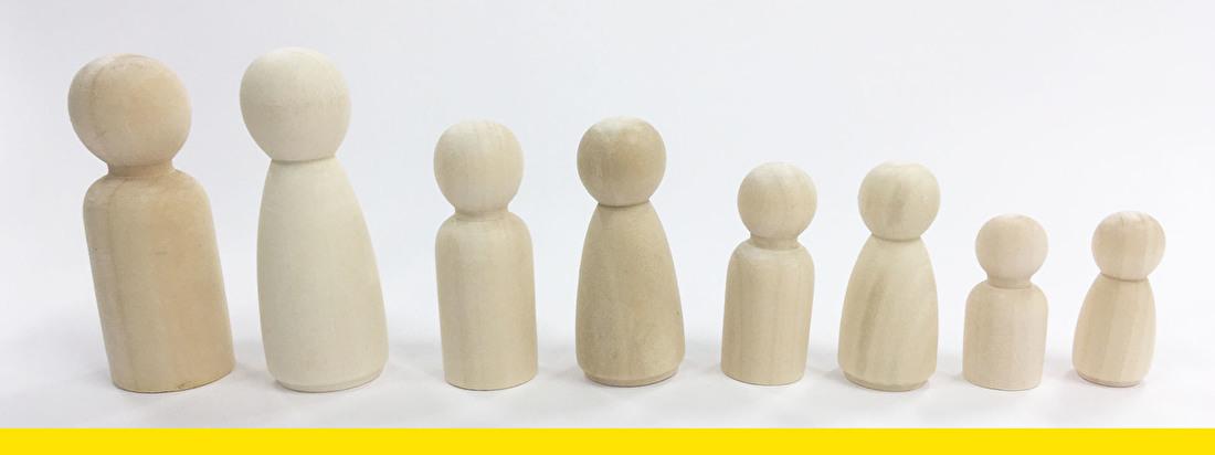 peg doll - kegelpoppetjes - houten poppetjes - familie -