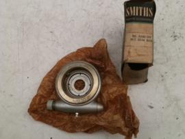 BG5330 / 257  Smiths