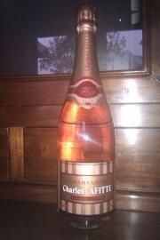 Charles Lafitte Grande Cuvée Rosé Brut € 34,= per fles