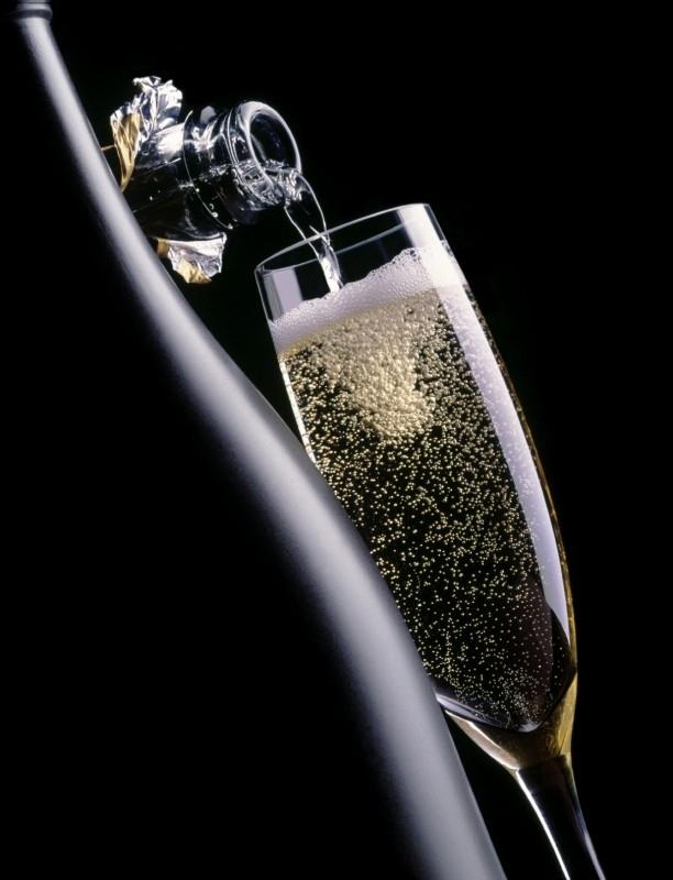 Op aanvraag leveren wij speciale champagnes tegen de laagste prijs van Nederland!