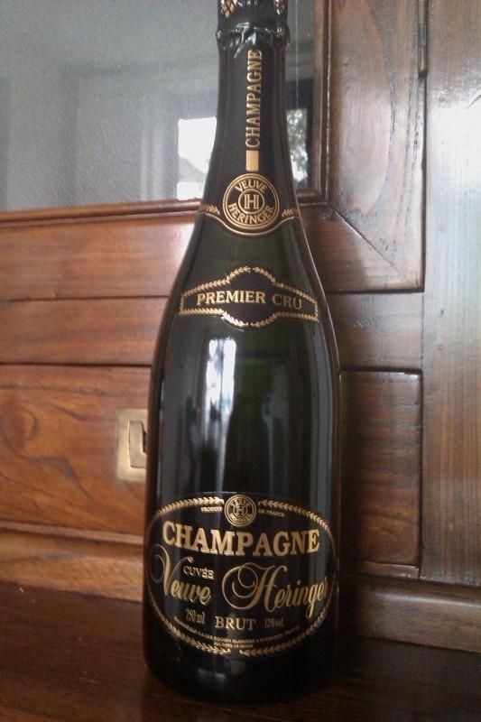 Veuve Heringer Cuvée PREMIER CRU  € 28,= per fles