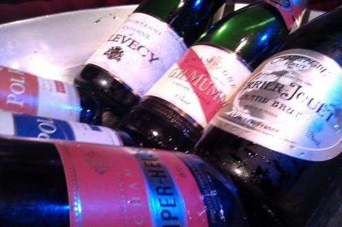 wisselend assortiment - Maison Vinoterie - Wij garanderen de laagste prijs voor de beste champagne!