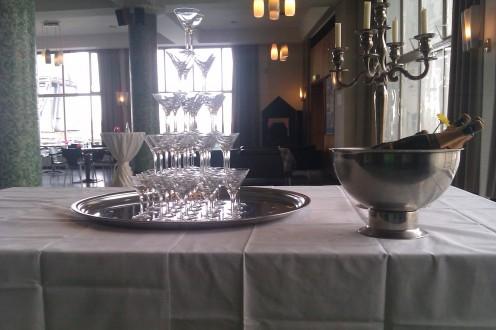 Champagnefontein - Maison Vinoterie - Gegarandeerd de laagste prijs voor de beste champagnes!