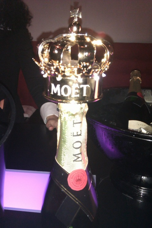 Moet & Chandon - Maison Vinoterie - Wij garanderen de laagste prijs voor de beste champagne!