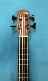 Bass Ukulele Cascha