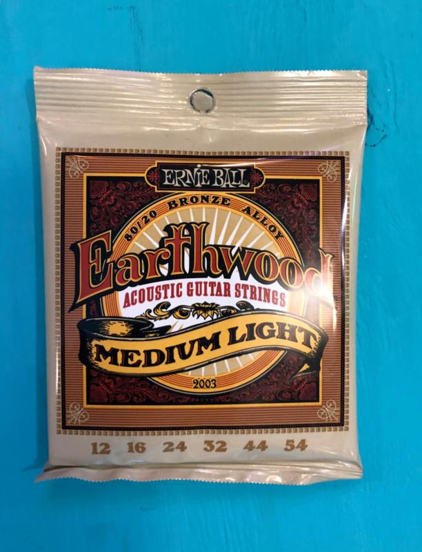 Ernie Ball Earthwood Medium Light 012 - 54