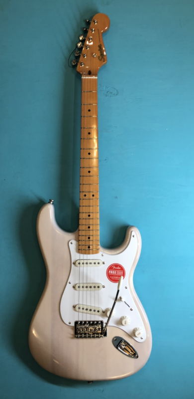 SQUIER CLASSIC VIBE STRATOCASTER See trough White