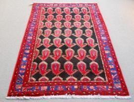 Persian Rug, 135 x 215 cm