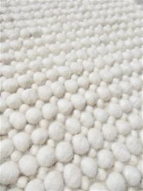 Pebbles Ivory