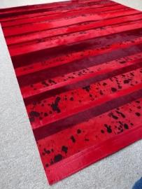 Lava Red Patchwork Koeienhuid Tapijt, 150 x 200 cm
