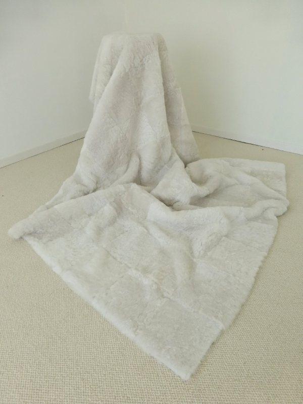 White Shorn Sheepskin Plaid, 120 x 180 cm