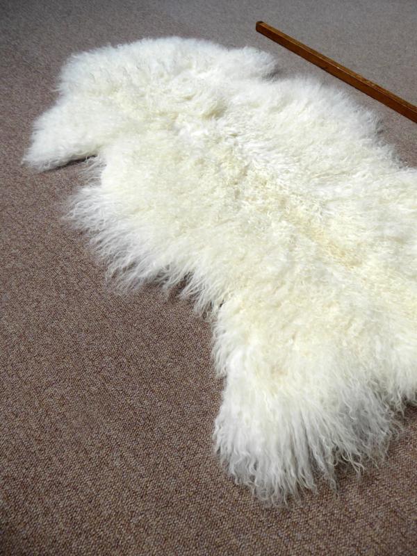 White Curly Mongolian Lambskin (3257)