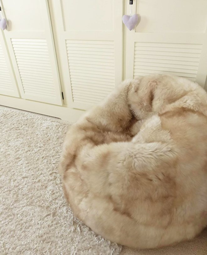 Big Bag Zitzak.Sheepskin Bean Bags Rugs And Hides