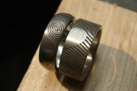 Titanium ring met hart vingerafdruk / 360c vingerafdruk