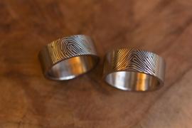 Titanium vingerafdruk ringen