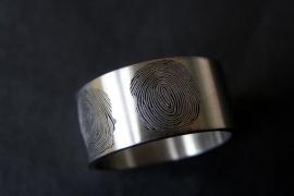Profiel ring met 2 profielen en vingerafdrukken
