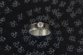 Titanium solitair ring met zirkonia