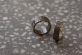 Zilveren en Zirkonium zwarte binnenzijde / Vingerafdruk ringen