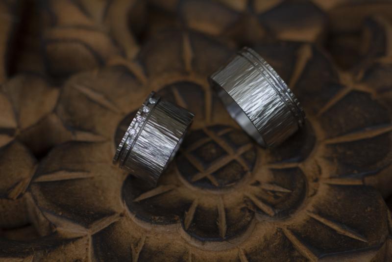Titanium hamerslag ringen